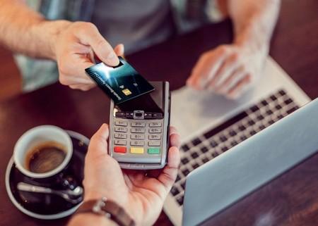 las tarjetas de crédito una trampa mortal para muchas familias