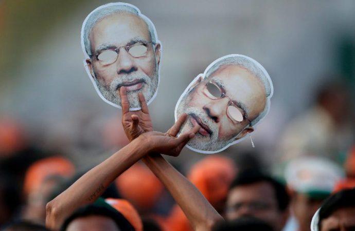 las elecciones indias :Dos líderes políticos prohibidos hacer una campaña