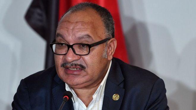 El primer ministro de Papua Nueva Guinea, Peter O'Neill, intenta detener la renuncia