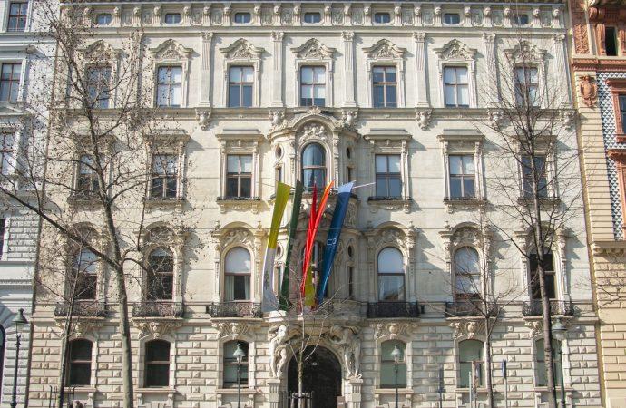Austria decide cerrar una institución cultural saudí