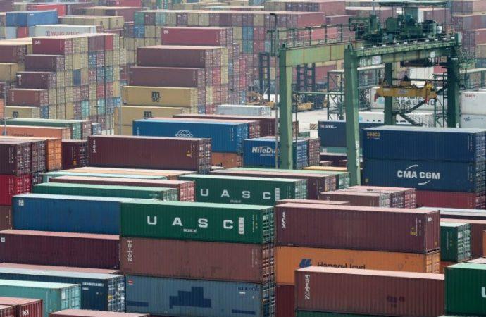 Las exportaciones de Singapur bajan un 15,9% en mayo