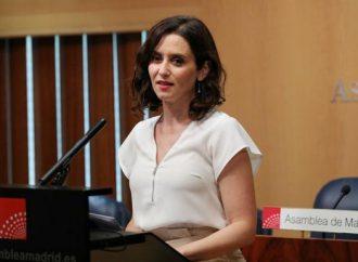 """Isabel Díaz Ayuso dice que """"todas las propuestas de Vox"""" están en el acuerdo firmado hoy con Ciudadanos."""