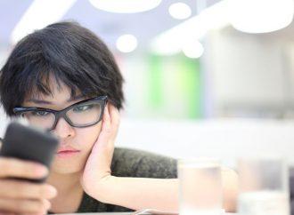 Navegar por las redes sociales durante más de 3 horas amenaza las mentes de los adolescentes